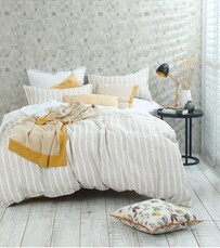 MM Linen Finch Linen/ Cotton Duvet Set - Straw