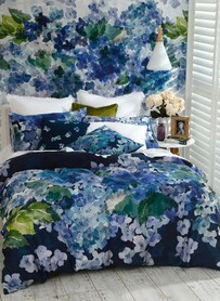 MM Linen Hydrangea Reversible Duvet Set - Multi