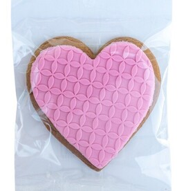 Molly Woppy Ginger Heart Gingerbread - Pink 48g
