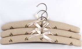 Tritex Embroidered Bees Hangers - Linen Set of 3